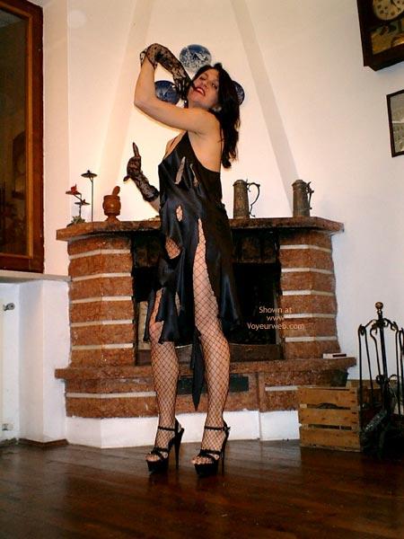 Pic #3 - Sexycri Striptease