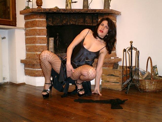 Pic #4 - Sexycri Striptease