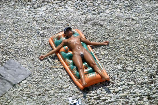 Pic #10 - Nude Beach Clit And Labia