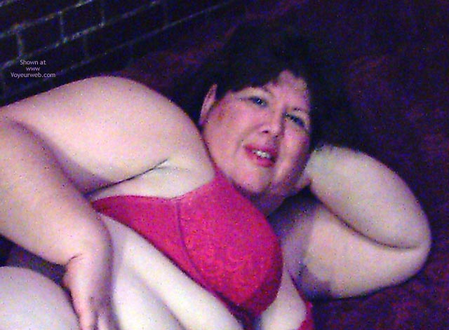 Pic #3 - Bbw Gidget In Red On The Bed