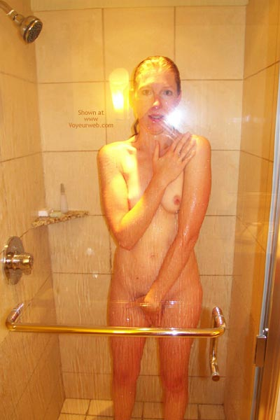 Pic #4 - Kelli'S Hot In The Shower