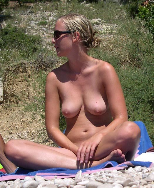 on beach Pictures of women naked