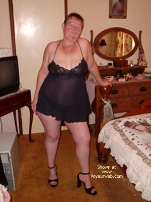 Pic #1 - Curvy Wife'S First Photo Shoot
