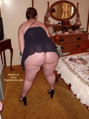 Pic #3 - Curvy Wife'S First Photo Shoot