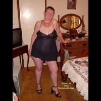 Curvy Wife'S First Photo Shoot