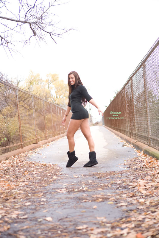 Pic #2 Leanna Flashes The Highway