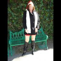 *NC The Queen- Mrs. Santa In Street 1