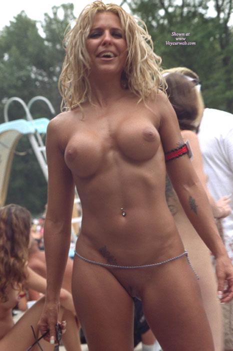 Angelina joliet nude in beowulf