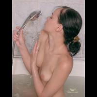 19yo Natalie Taking Bath