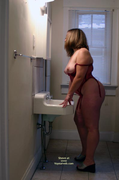 Pic #4 - OH Wife Getting Ready