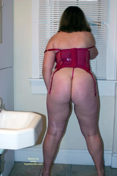 Pic #7 - OH Wife Getting Ready
