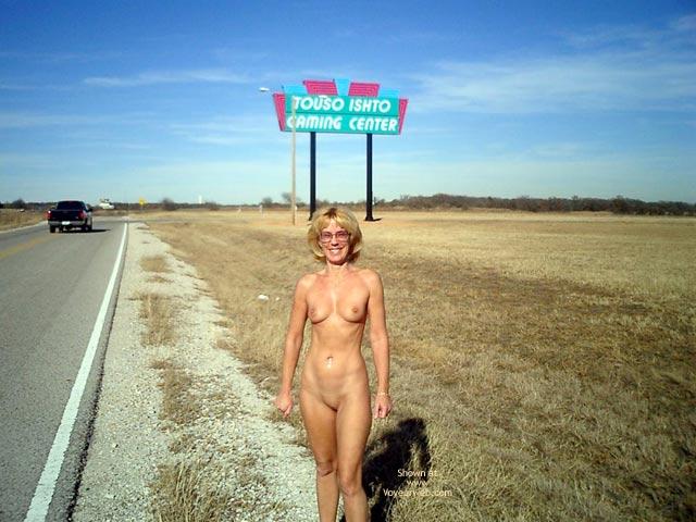 Pic #7 - Leigh Invades Oklahoma