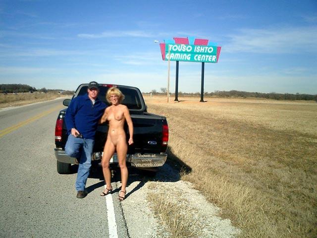 Pic #8 - Leigh Invades Oklahoma