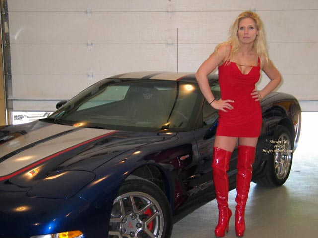 Pic #2 - Candy'S New Vette