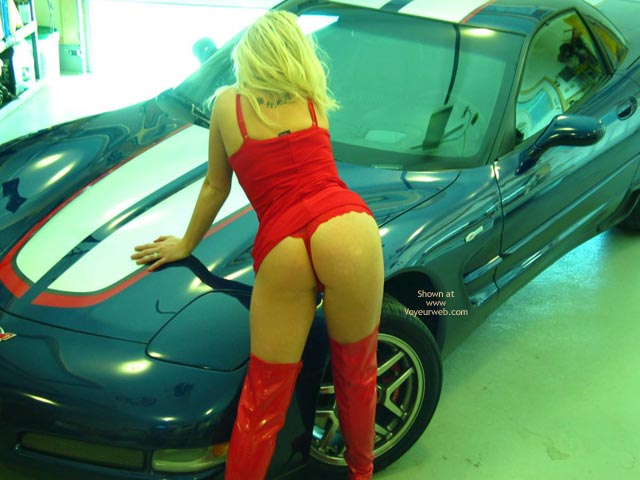 Pic #4 - Candy'S New Vette