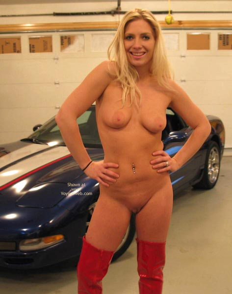 Pic #10 - Candy'S New Vette