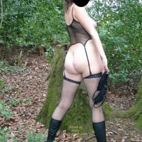 German Babe Pia In The Wood