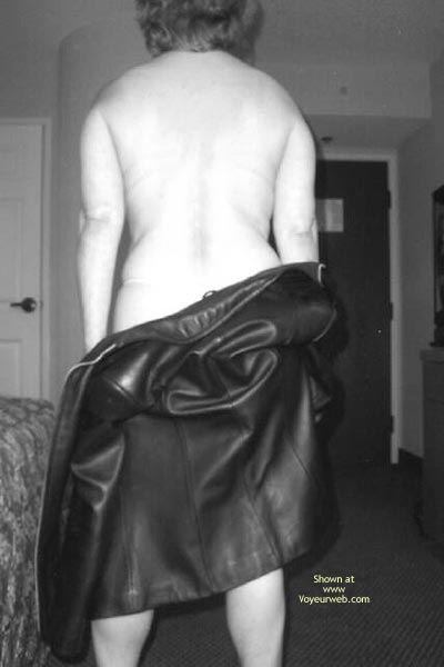 Pic #6 - Luscious In Leather