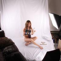Nude MILF In Home Studio - Milf, Naked Girl, Nude Amateur