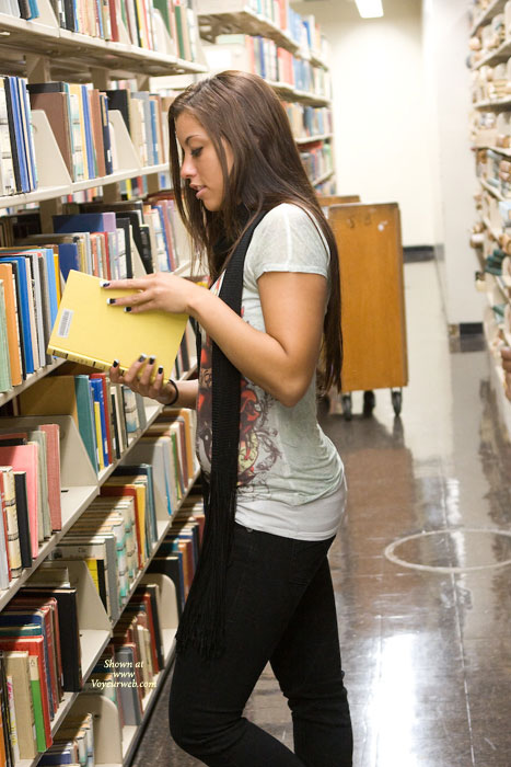 Pic #1 Leanna In College Library