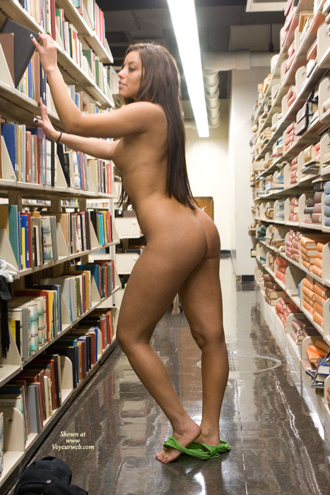Pic #6 Leanna In College Library