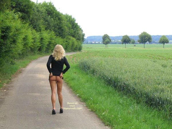 Pic #3 - *Su Ninas Tour In Ihrem Schwarzen Mini