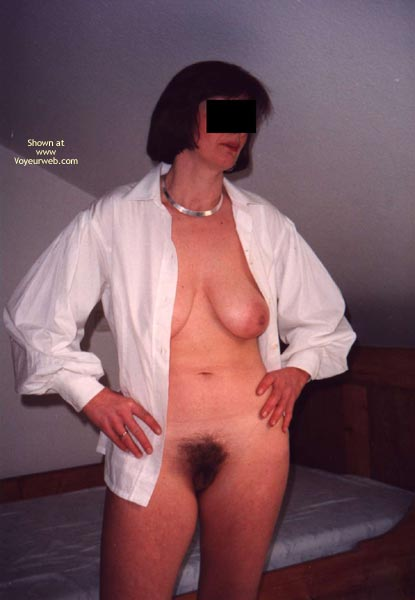 Pic #1 - Her First Time Showing Up Naked