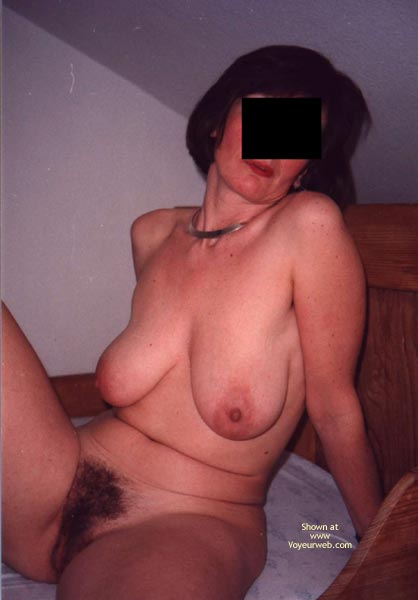 Pic #5 - Her First Time Showing Up Naked