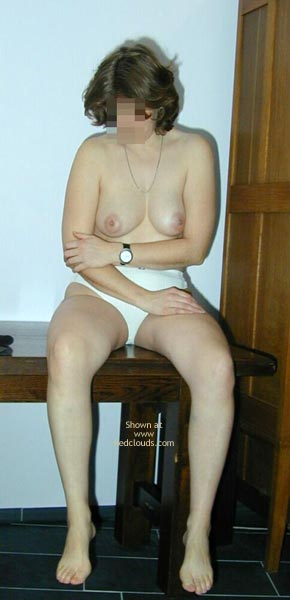 Pic #8 - Maria Undressing