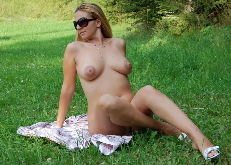 "Girl Fully Nude In Field - Black Hair, Blonde Hair, Large Aerolas, Long Hair, Long Legs, Nude In Public, Sunglasses, Naked Girl, Nude Amateur , Relaxing In The Grass, Black ""bono"" Sunglasses, Big Pink Aereola, Sitting Outdoors, Leaning Back, Great Breasts And Nipples, Legs Crossed, Love Being Naked Out Doors, White Heels, Blond In Sunglasses, White Strap Sandals"