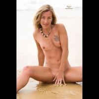 Valerie Sexy Beach...