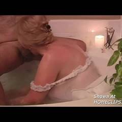 Ginger Bj In The Bath Tub