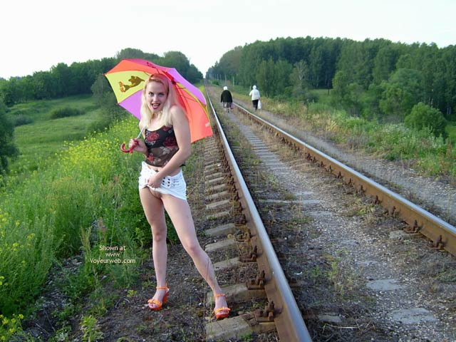 Pic #6 - Railroad Pussy Flasher