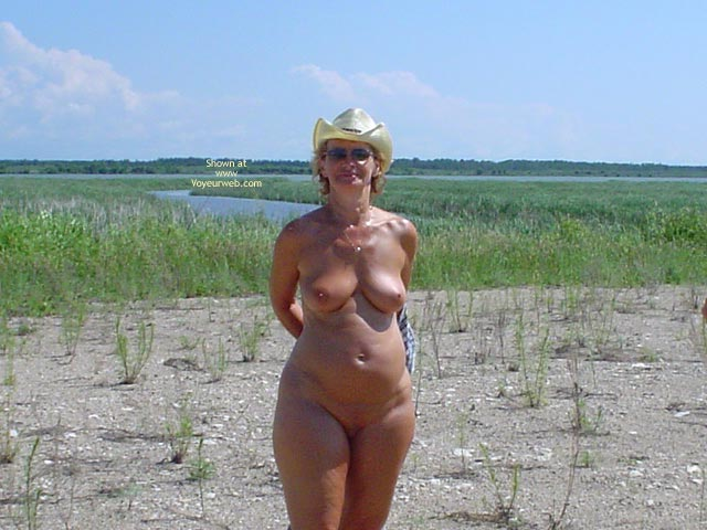 Pic #4 - 58 Year Old Canadian Wife