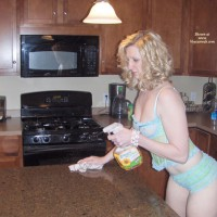 *HW Princess In The Kitchen