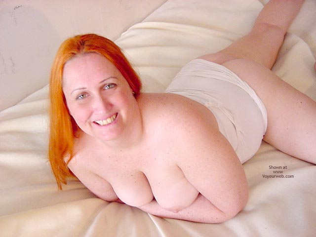 Pic #6 - Naughty Simone Laying In Bed