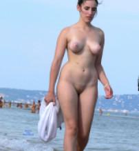 Free beach voyeur mpeg pity